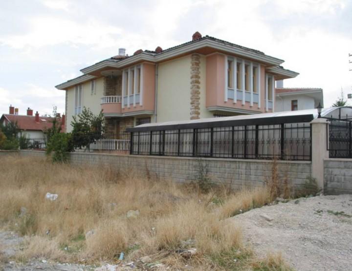 ÖZÜTEMİZ, Mustafa Evi